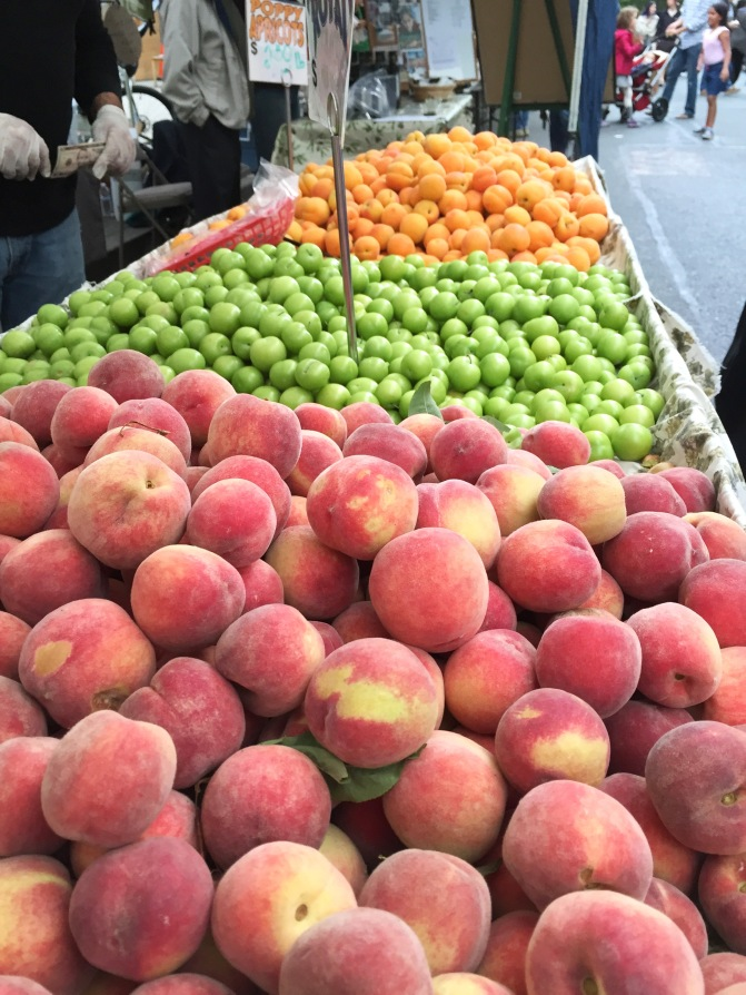 Stone fruits for sale at the Los Altos Farmers' Market