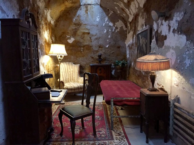 Al Capone's cell. Not too shabby, eh?