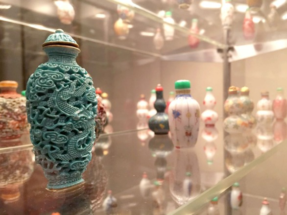 """Phoenix and Dragon"" snuff bottle, Qing Dynasty"